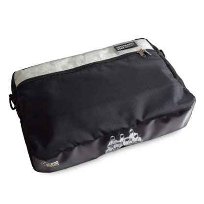 Chigs Messenger Bag